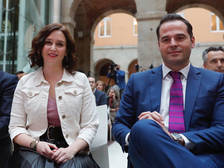 La Comunidad de Madrid (PP y Cs) rastrea los teléfonos móviles para elaborar la desescalada