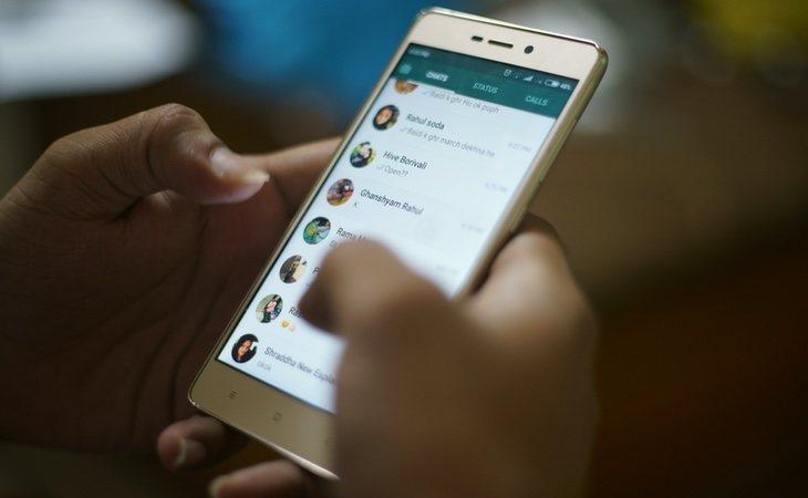 WhatsApp incluye una herramienta para ocultar nuestras conversaciones más íntimas