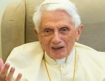 """Benedicto XVI compara el matrimonio homosexual y el aborto con el """"credo del anticristo"""""""
