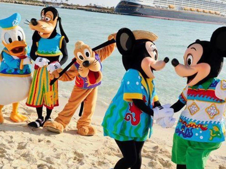 Detienen a un hombre por okupar una isla de Disney World para pasar la cuarentena