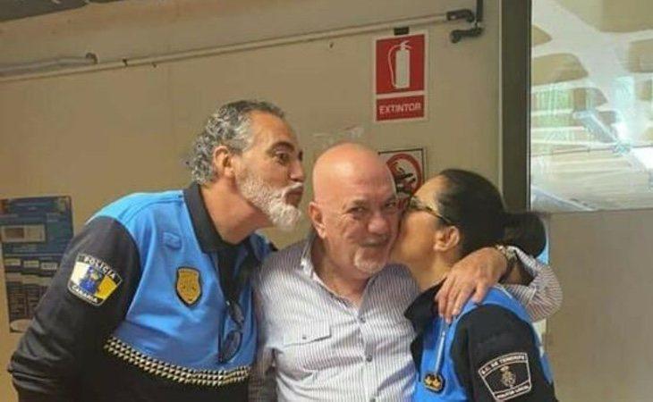 La fiesta se celebró como homenaje a un agente recién jubilado