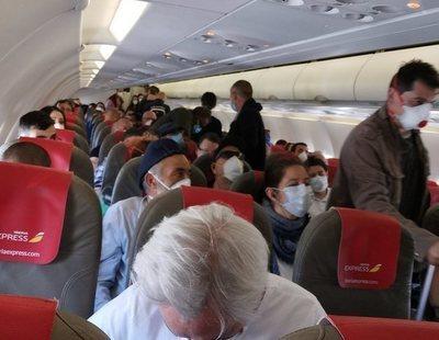 Indignación en un vuelo Madrid-Gran Canaria por la concentración del pasaje en plena pandemia