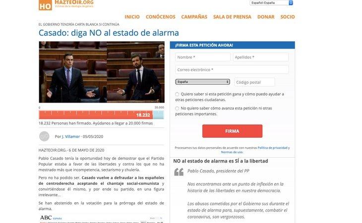 La recogida de firmas realizada por HazteOír a través de internet