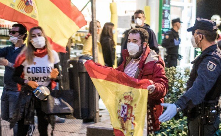 Ricos del barrio de Salamanca protestando y poniendo en peligro a todos