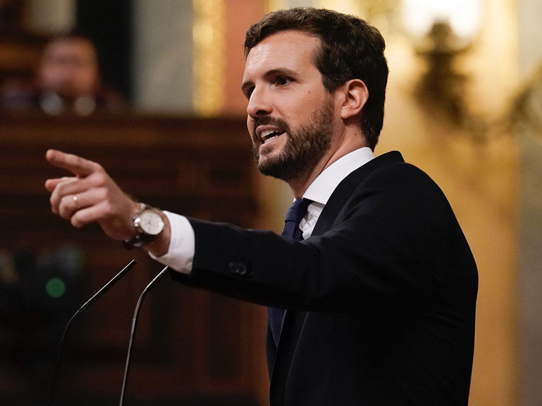 """Casado dice que el Gobierno prorroga el estado de alarma para """"sacar a terroristas de ETA de la cárcel"""""""
