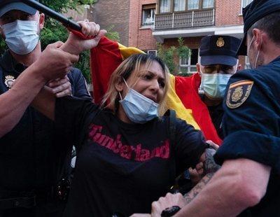 Detenida la líder del grupo neonazi Hogar Social en la cacerolada ante la sede del PSOE