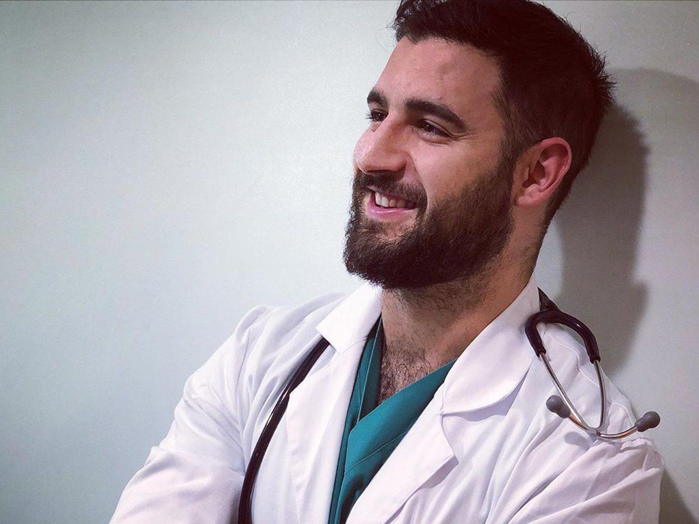 Un médico español que superó el coronavirus, nuevo Mr. Gay World