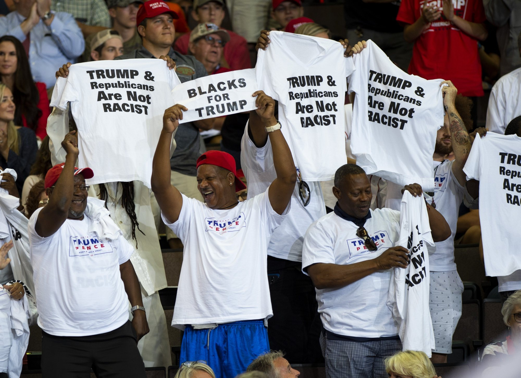 Donald Trump intentó hacerse con el voto de la comunidad negra, aunque su legislatura le ha distanciado sensiblemente de este sector