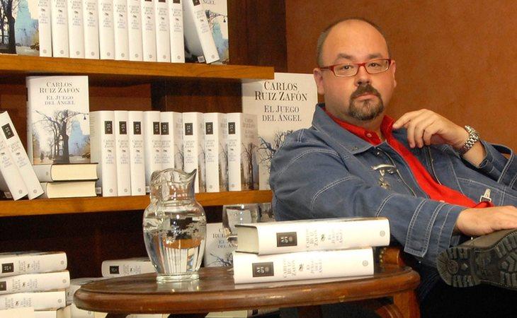 Carlos Ruiz Zafón, autor de la saga del Cementerio de los Libos Olvidados