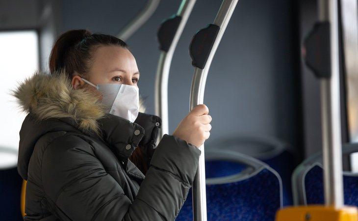 El transporte público es uno de los lugares más complicados durante la desescalada por el riesgo de contagio que representa