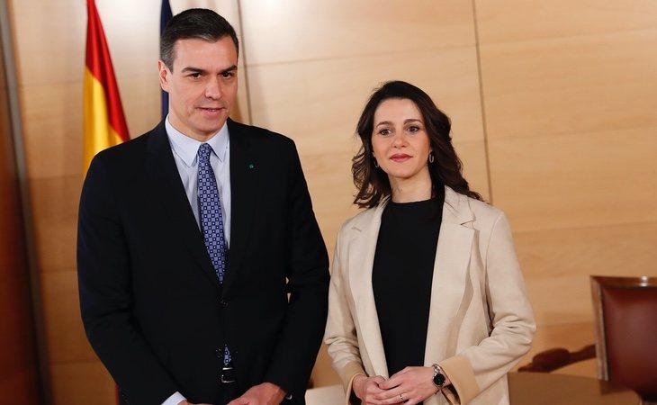 Las conversaciones sobre la moción de censura se están produciendo al más alto nivel entre los líderes de PSOE y Ciudadanos