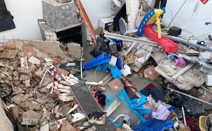 Así quedó la vivienda de Elda (Alicante) tras el derrumbe de la terraza por la piscina hinchable