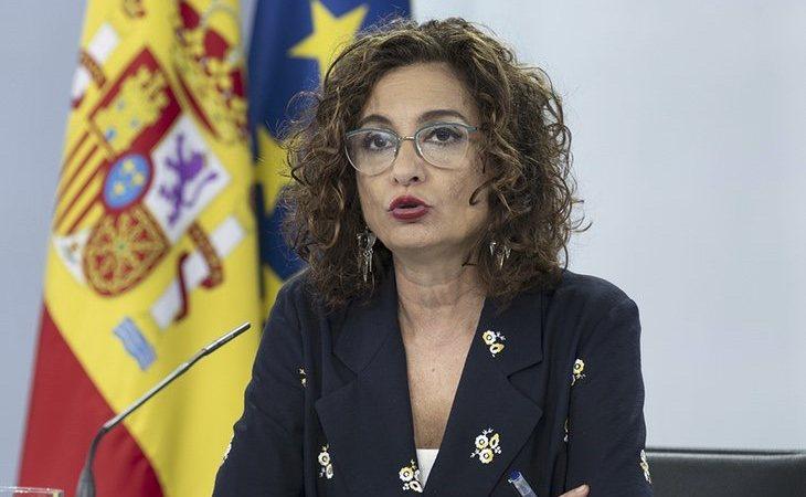 María Jesús Montero, ministra de Hacienda, ha impulsado el endurecimiento de la normativa para la venta de tabaco