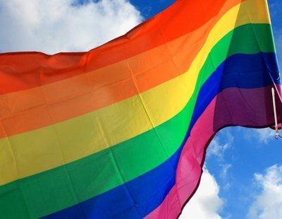 Historia de la bandera LGTBI: El significado de sus colores
