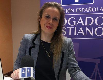 Abogados Cristianos denuncia a la Guardia Civil por poner la bandera LGTBI en Twitter