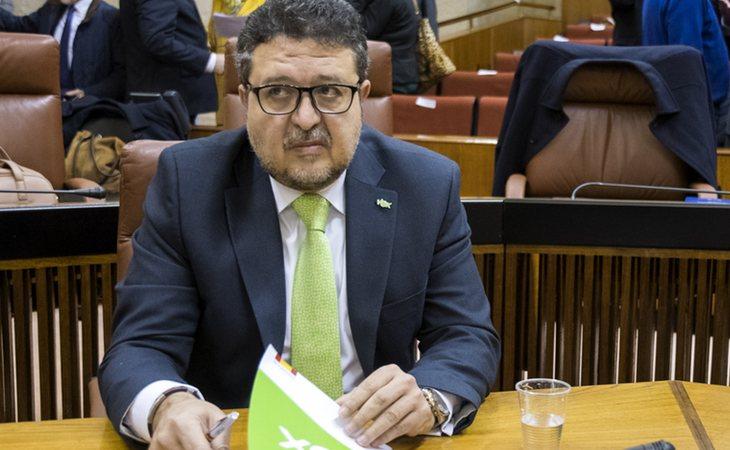 Francisco Serrano, investogado por fraude en subvenciones, se da de baja de VOX