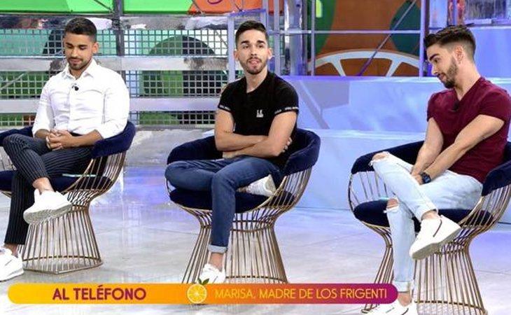 Miguel Frigenti junto a sus hermanos, Carlos y Alberto, en 'Sálvame'