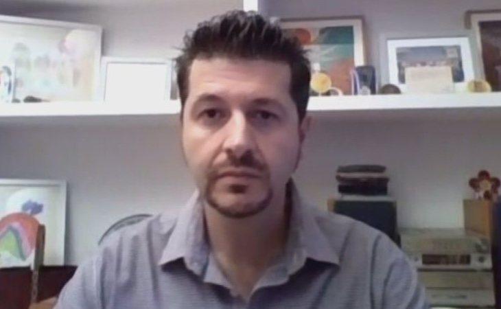 Gabriel Heras se ha enfrentado al coronavirus en uno de los hospitales más sacudidos por la pandemia, el de Torrejón de Ardoz