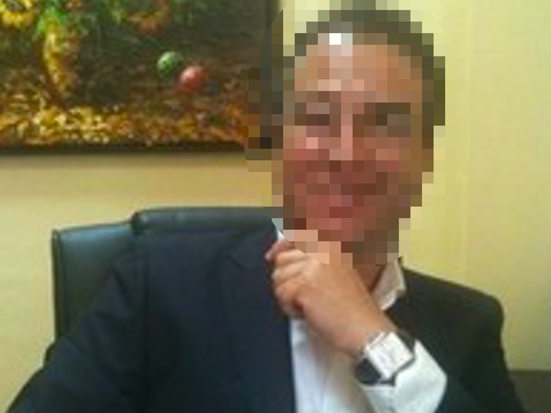 Así es José Luis: el director de residencia acusado de 'dormir' y robar a ancianos