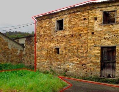 Dos plantas con jardín por 2.500 euros: el chollo que está triunfando en un pueblo de Asturias