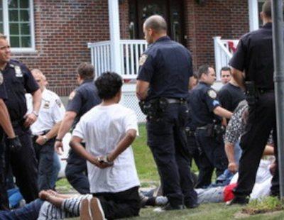 71 detenidos en una fiesta sexual con enanos, animales salvajes y una fuente de semen