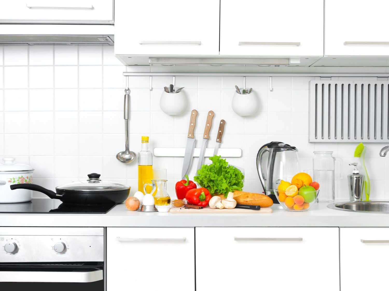 Los 6 errores más comunes que cometemos en la cocina, según los nutricionistas