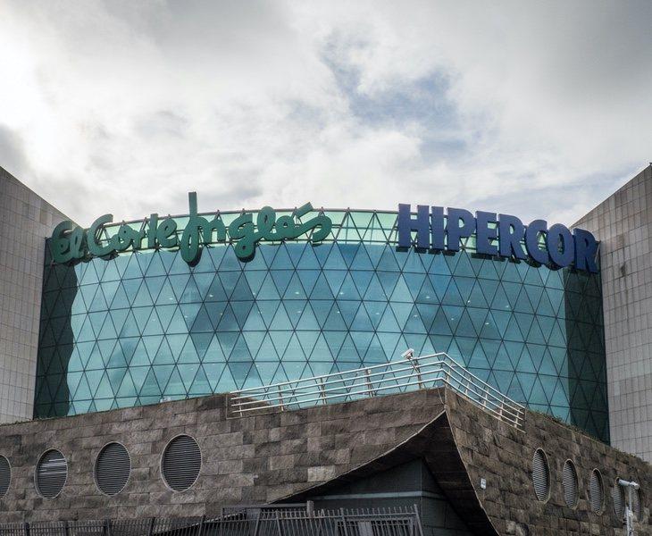 El Corte Inglés cierra este centro comercial de seis plantas que reconvertirá en oficinas