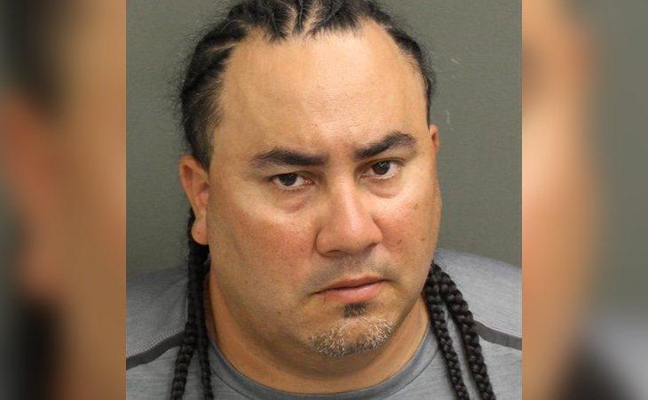 El acusado fue grabado por las cámaras de seguridad y ya ha sido detenido