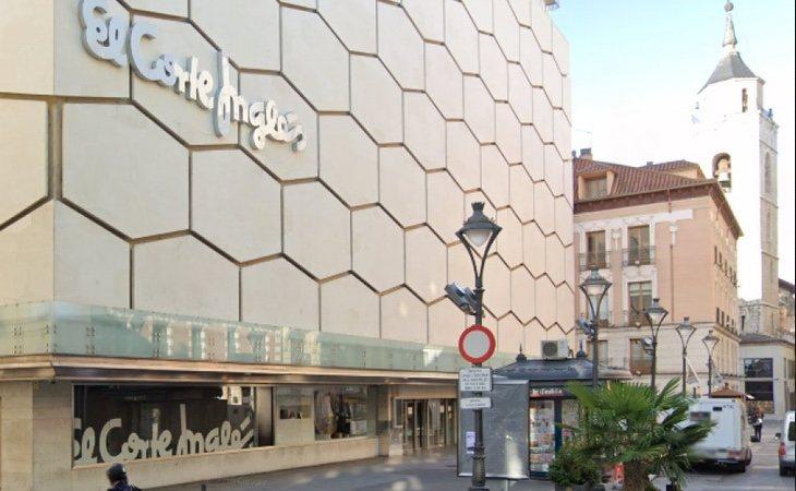 El Corte Inglés está desmantelando el anexo al centro comercial de Constitución, que cerrará definitivamente en octubre