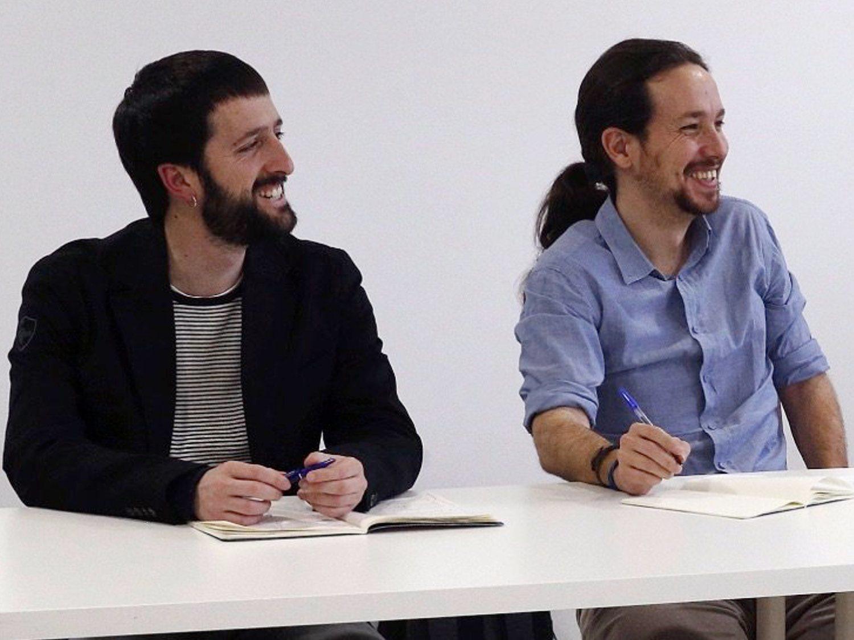El juez de la caja B de Podemos imputa a la mano derecha de Pablo Iglesias