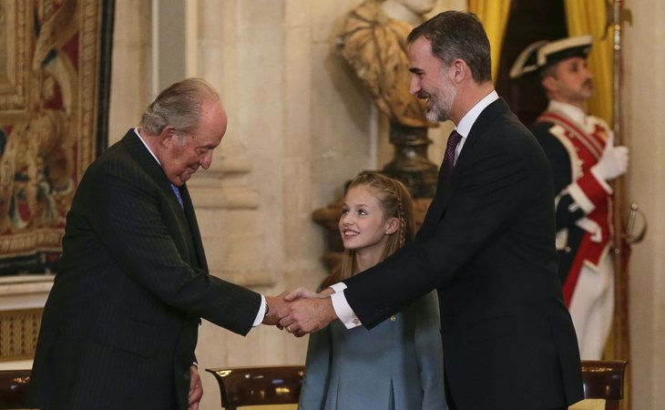 El emérito rey Juan Carlos, la princesa de Asturias Leonor y Felipe VI