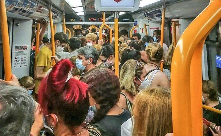 El Metro de Madrid ya registra fuertes aglomeraciones sin que todavía haya llegado el mes de septiembre
