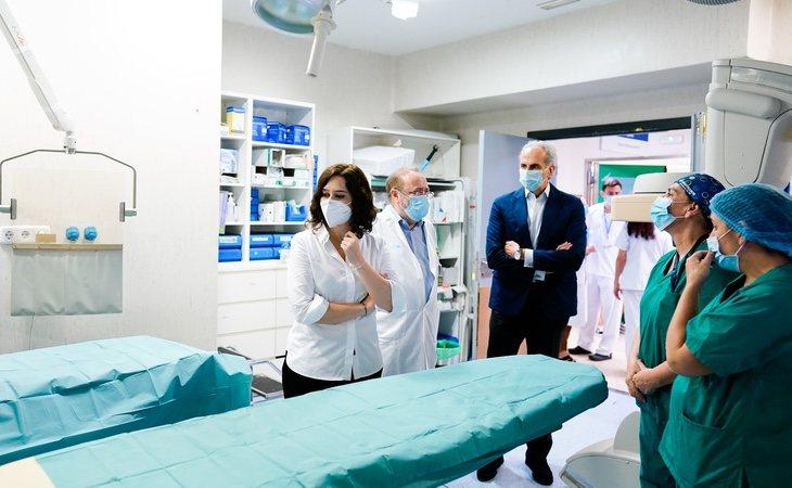 Los médicos denuncian la inacción de Ayuso en la pandemia y piden devolver todo Madrid a la fase 2