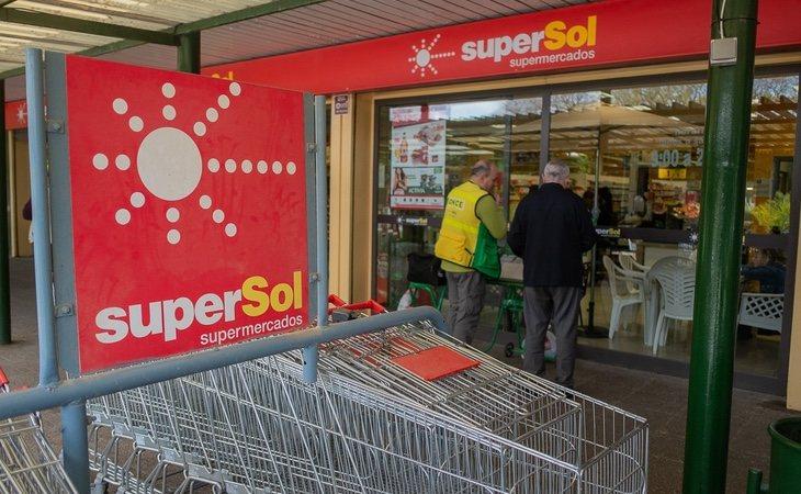 Supersol prepara su salida de España tras la venta a Carrefour