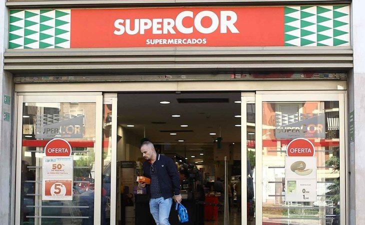 El Corte Inglés y Supercor tienen diferentes sueldos ya que no cuentan con convenio colectivo propio