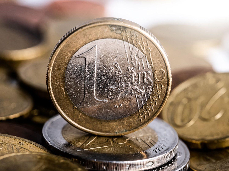 """La Guardia Civil alerta sobre el timo de la moneda: """"Que no te tanguen"""""""