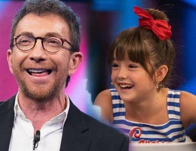 Polémica en 'El hormiguero': Pablo Motos pregunta a una actriz de 9 años si le gusta Antonio Banderas y ella le da una lección