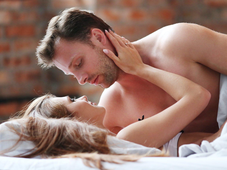 Todos los mitos sobre el orgasmo masculino que son falsos