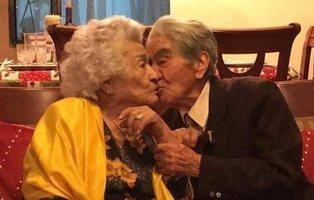 Una pareja de ancianos gana el Premio Record Guiness al matrimonio más longevo