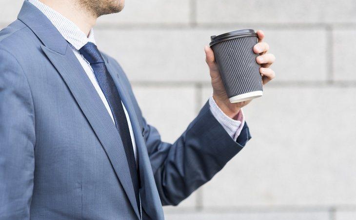 El consumo de cafeína puede desarrollar un cuadro de adicción: hay incluso un síndrome de abstinencia descrito