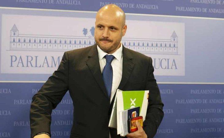 Rodrigo Alonso ha protagonizado varias polémicas como portavoz adjunto de VOX en el Parlamento de Andalucía