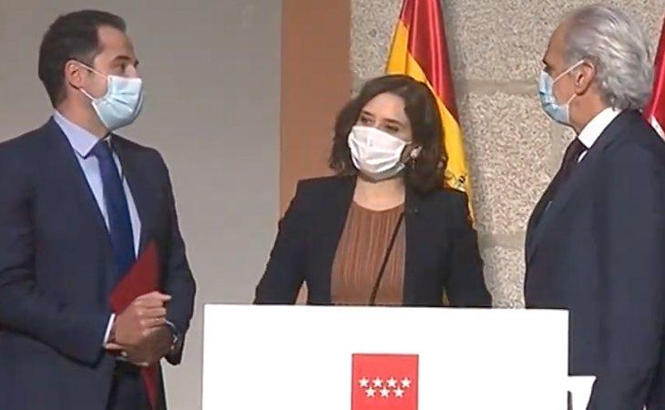 Ignacio Aguado, vicepresidente; Isabel Díaz Ayuso, presidenta; y Enrique Ruiz Escudero, consejero de Sanidad de la Comunidad de Madrid