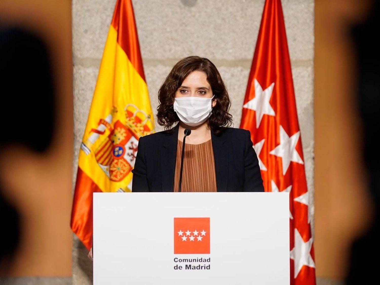 """""""Es un peligro que siga al frente de la Comunidad de Madrid"""": La oposición valora las medidas de Ayuso"""