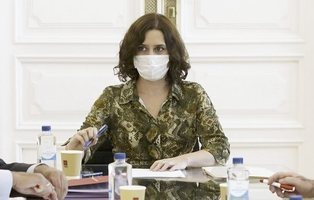 Ayuso critica que el Gobierno dé el trato especial a Madrid que le exigió en público hace cinco días