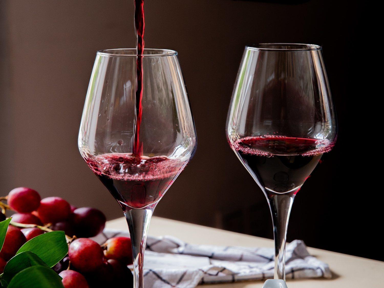 Los 5 mejores vinos tintos del supermercado, según la OCU