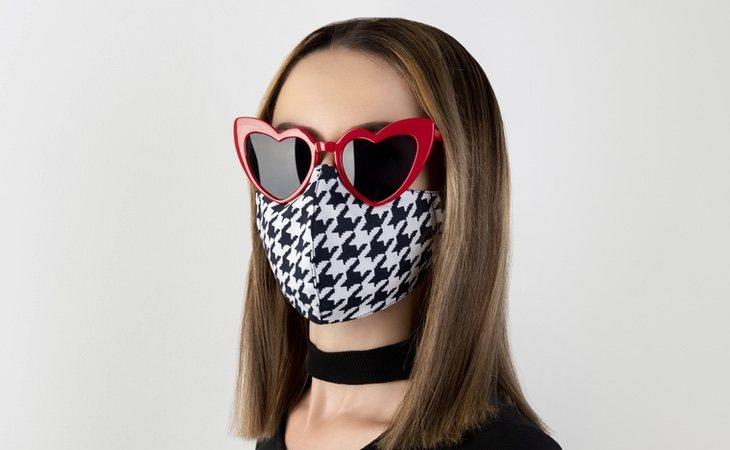 Hay que tener especial cuidado con las mascarillas de tela: muchas no cumplen con los requisitos mínimos