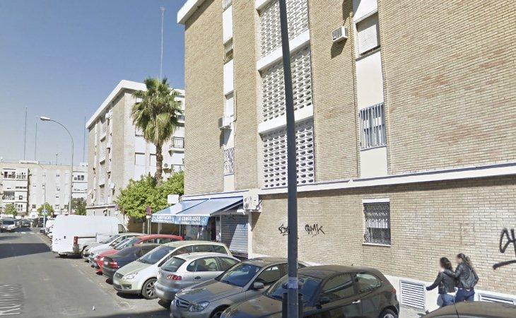 El cuerpo de Márquez se encontraba en el interior de una heladería situada en una conocida barriada de Sevilla
