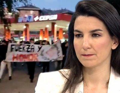 VOX y El Mundo blanquean una manifestación neonazi contra niños migrantes: la verdad sobre la paliza