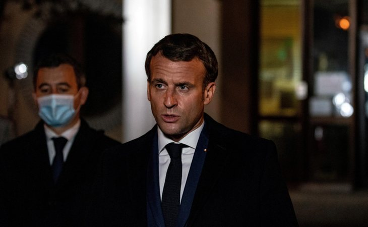 Emmanuel Macron se dirige a los franceses tras el asesinato y decapitación del profesor
