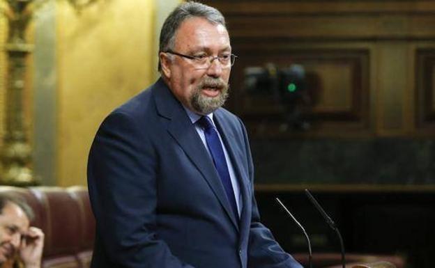 Martínez Oblanca (Foro, excisión del PP) señala el camino al PP: 'Nuestro candidato era Pablo Casado y no podemos apoyar a Santiago Abascal en una ...